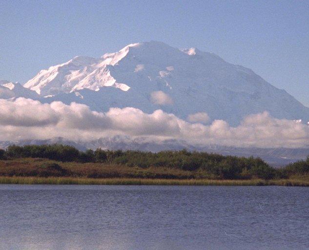 ميكنلي الأسكا وصل ارتفاعه إلى 6194 متر